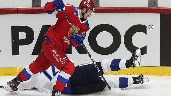 Игровой момент матча Россия - Финлянлдия