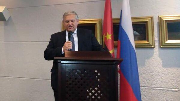Посол РФ в Анголе Владимир Тараров