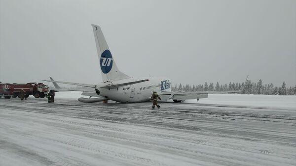 Самолет UTair совершил жесткую посадку в аэропорту Усинска. 9 февраля 2020