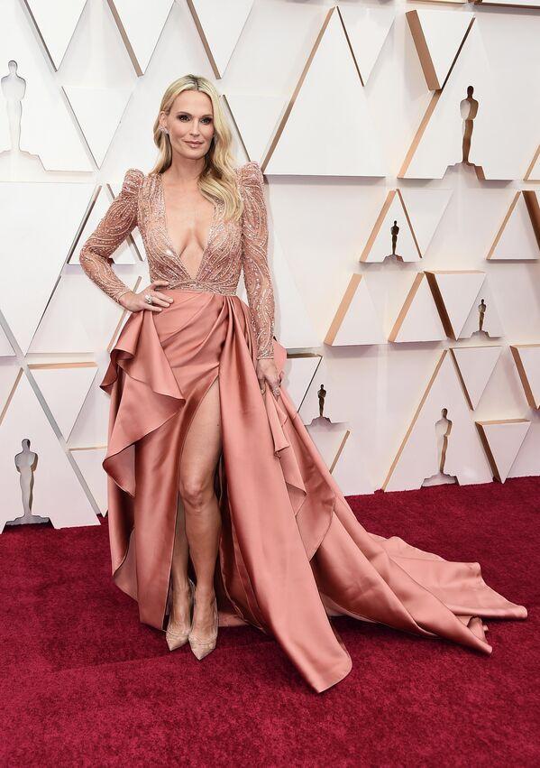 Модель и актриса Молли Симс на церемонии вручения премии Оскар