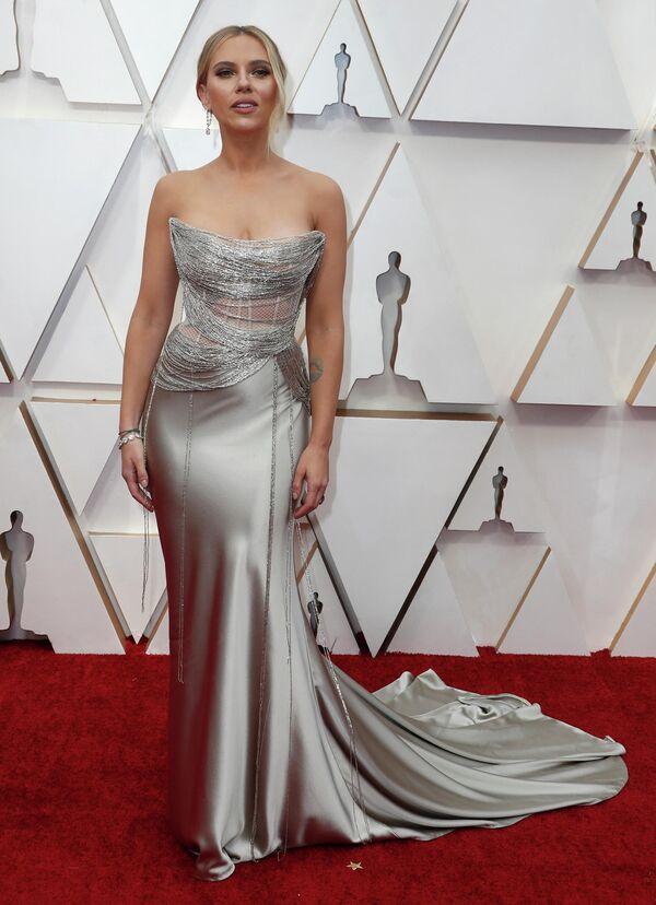 Актриса Скарлетт Йоханссон на церемонии вручения премии Оскар