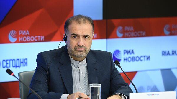 Чрезвычайный и полномочный посол Исламской Республики Иран в РФ Казем Джалали во время пресс-конференции в МИА Россия сегодня