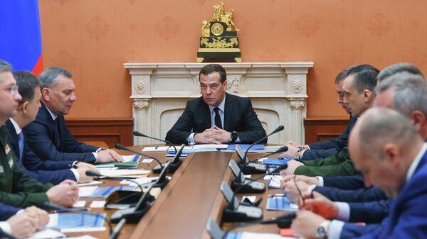Заместитель председателя Совета безопасности РФ Дмитрий Медведев проводит совещание, посвящённое состоянию госкорпорации Роскосмос, строительству космодрома Восточный, созданию орбитальной группировки. 12 февраля 2020