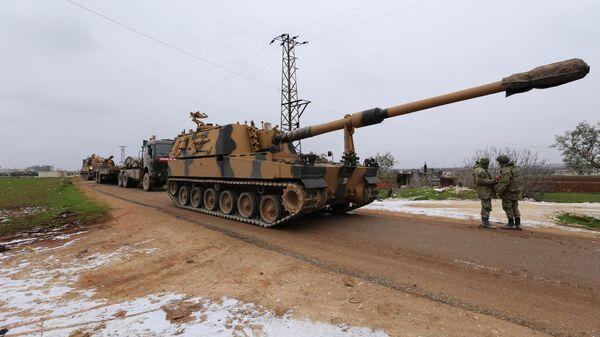 Турецкий военный конвой в окрестностях Идлиба, Сирия