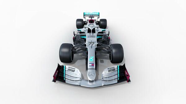 Болид Формулы-1 команды Mercedes-Benz