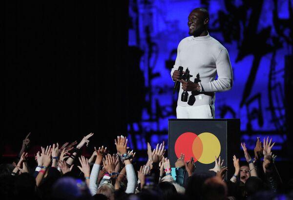 Рэпер Stormzy на церемонии вручения премии Brit Awards в Лондоне
