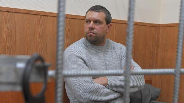 Бывший сотрудник полиции Денис Коновалов в суде