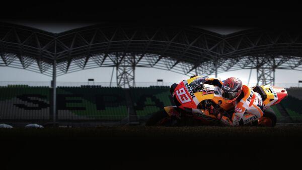 Мотогонщик в классе MotoGP Марк Маркес