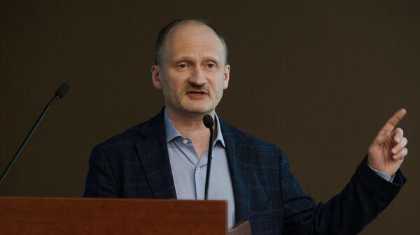 Депутат Европарламента Мирослав Митрофанов на втором Вселатвийском родительском собрании