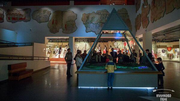 Макет битвы на Куликовом поле в экспозиции музейного комплекса