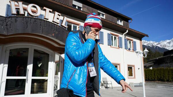 Полиция провела обыски в отеле российских биатлонистов на ЧМ в Италии