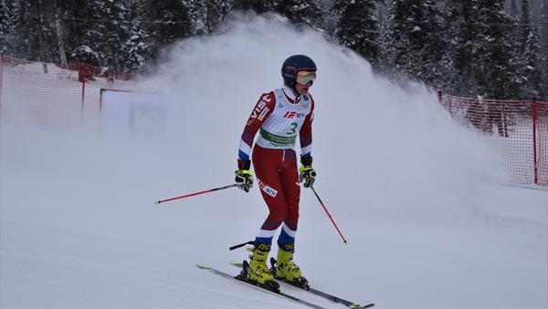 Российский горнолыжник Сергей Майтаков