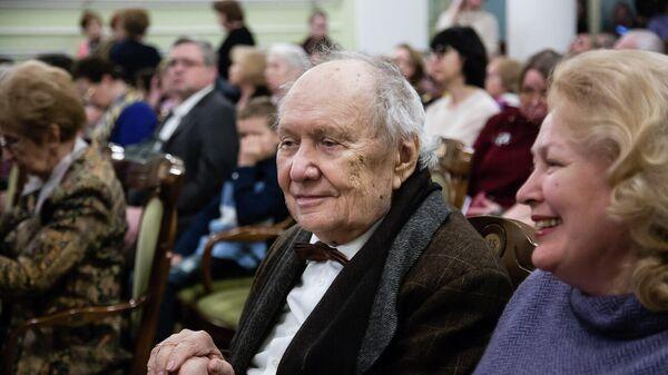 Народный артист РСФСР, профессор Московской консерватории Сергей Леонидович Доренский на концерте учеников