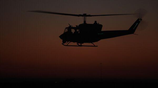 Военный вертолет Huey