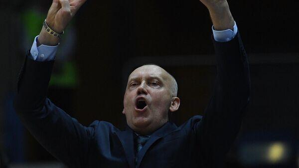 Главный тренер БК Химки Римас Куртинайтис во время матча 26-го тура регулярного чемпионата мужской баскетбольной Евролиги сезона 2019/2020 между БК Химки (Химки, Россия) и БК АСВЕЛ (Виллербан, Франция).