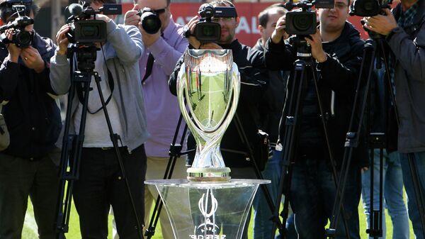 Трофей Суперкубка УЕФА
