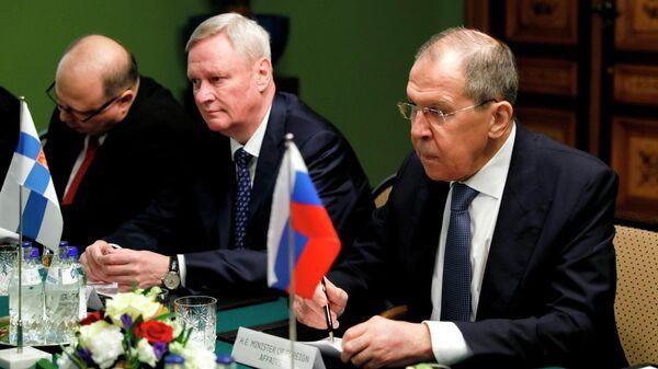 Министр иностранных дел РФ Сергей Лавров во время встречи с министром иностранных дел Финляндии Пеккой Хаависто в Хельсинки