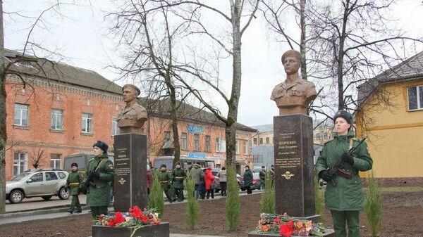 Памятник десантникам из состава 6-й парашютно-десантной роты, открытый в Псковской области