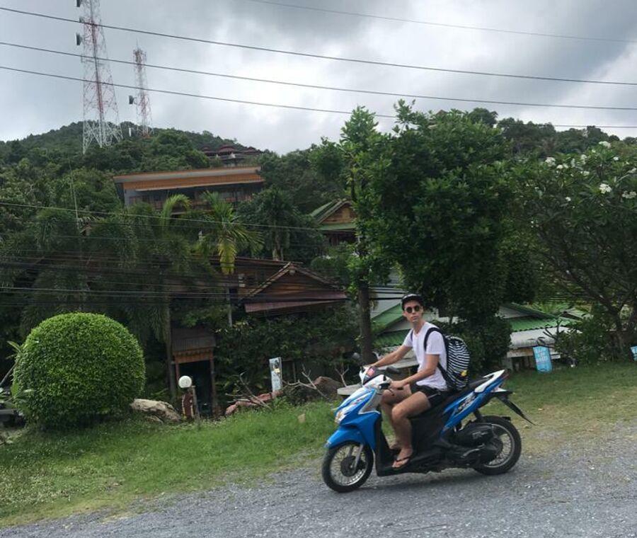 Марк Тишман на острове Пханган