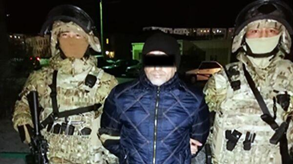 Задержанный участник преступной группы, занимавшиеся поставкой огнестрельного оружия и боеприпасов из России в Казахстан