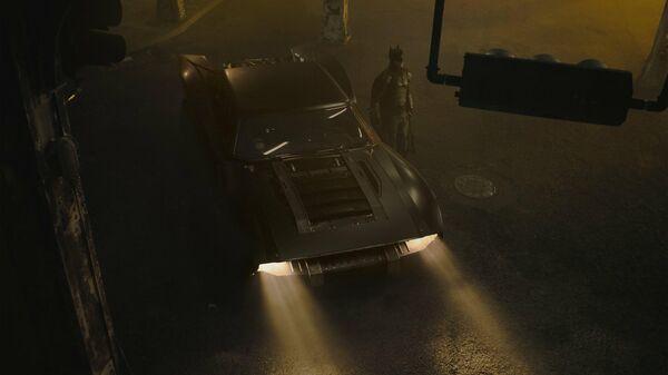 Бэтмобиль из нового фильма The Batman с Робертом Паттинсоном