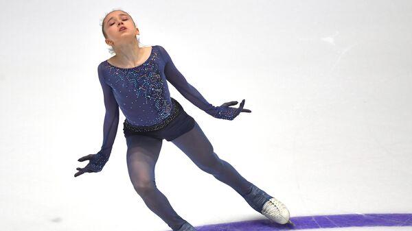 Валиева выиграла короткую программу на ЮЧМ с личным рекордом