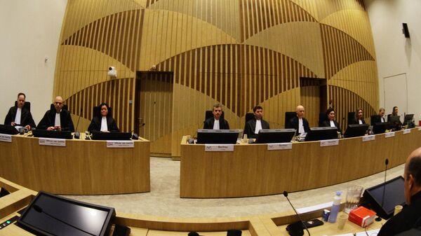 Заседание суда в комплексе правосудия Схипхол в нидерландском Бадхоеведорпе по делу о крушении самолета Boeing 777 рейса MH17