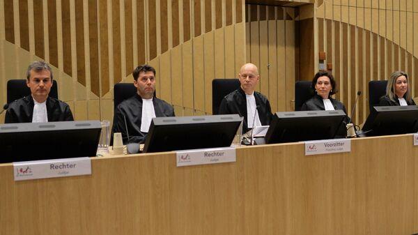 Главный судья процесса Хендрик Стенхейс на заседании суда в нидерландском Бадхоеведорпе по делу о крушении самолета Boeing 777 рейса MH17. 9 марта 2020