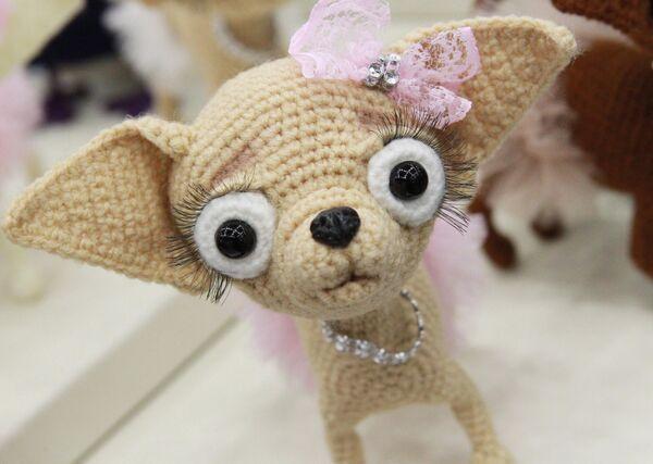 Авторская вязаная игрушка на международном весеннем балу авторских кукол в выставочно-презентационном комплексе T-Modul в Москве