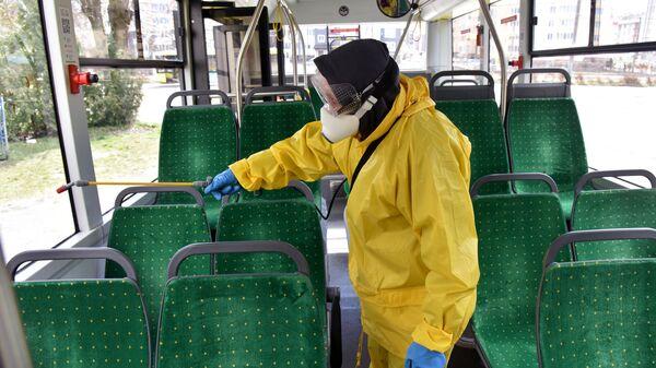 Санитарная обработка общественного транспорта во Львове