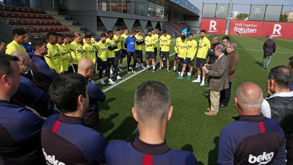 Футболисты и тренерский штаб Барселоны