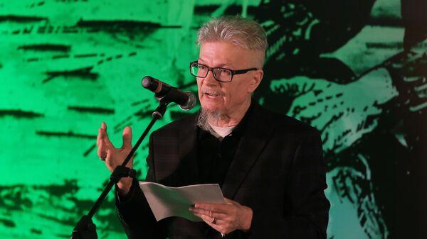 Писатель, поэт, публицист, председатель партии Другая Россия Эдуард Лимонов