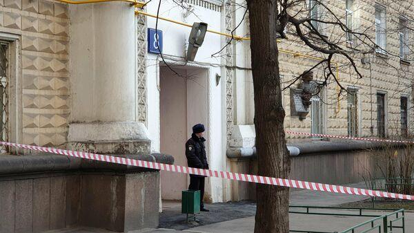 Обстановка около дома на Волоколамском шоссе, где было совершено тройное убийство