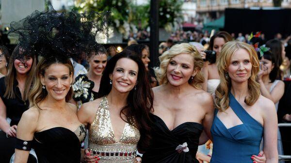 Актрисы Сара Джессика Паркер, Кристин Дэвис, Ким Кэттролл и Синтия Никсон на премьере фильма Секс в большом городе 2