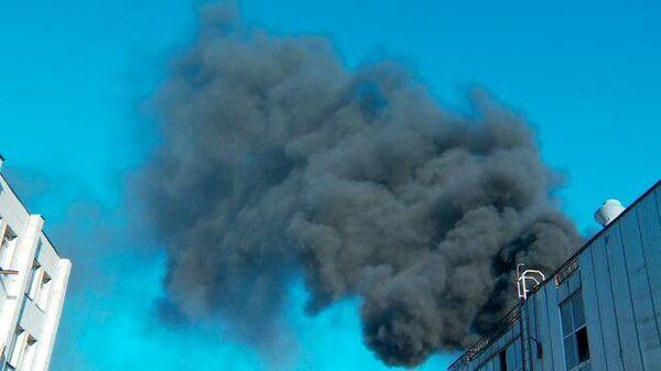 Кадры пожара на складе в Тюмени