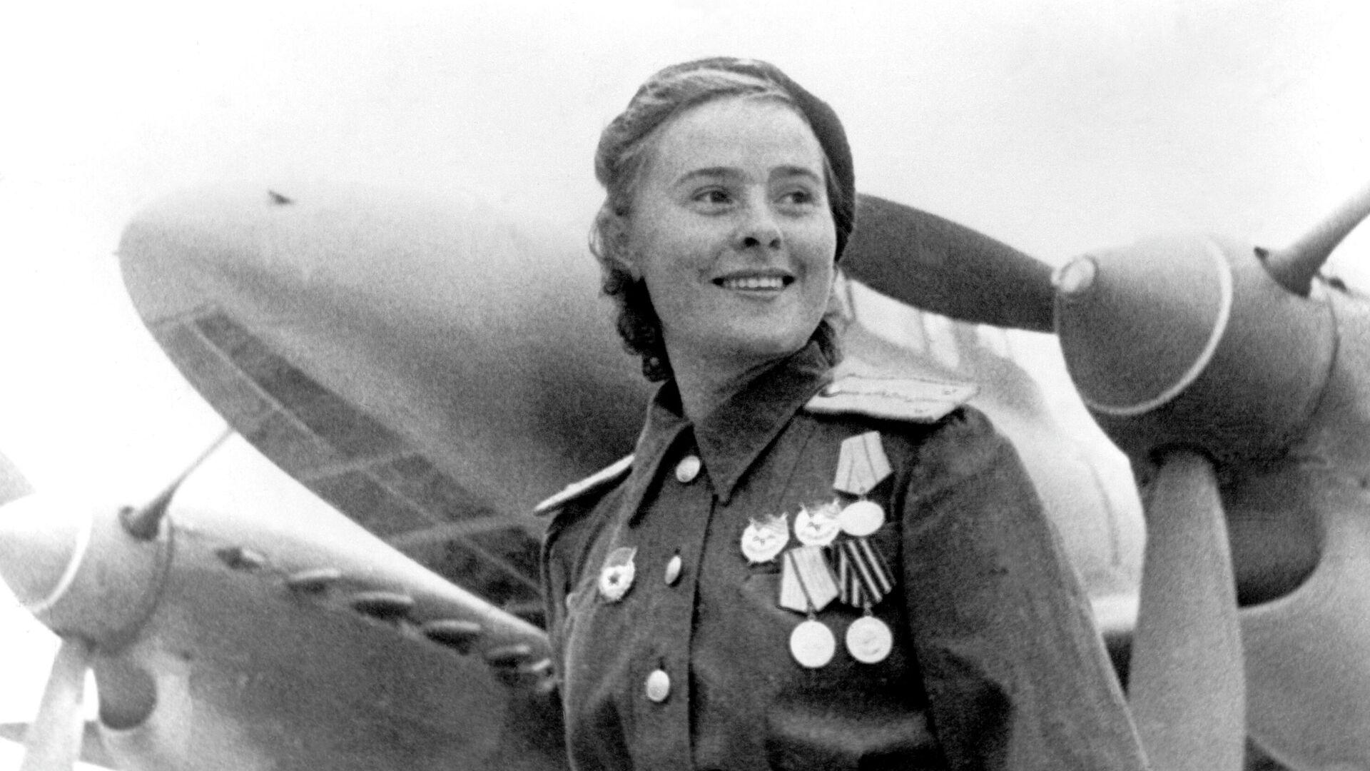 Герой Советского Союза заместитель командира эскадрильи 125-го гвардейского авиационного женского полка Мария Долина - РИА Новости, 1920, 10.05.2020