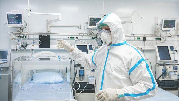 Откровения врачей, борющихся с коронавирусом - РИА Новости, 07.04.2020