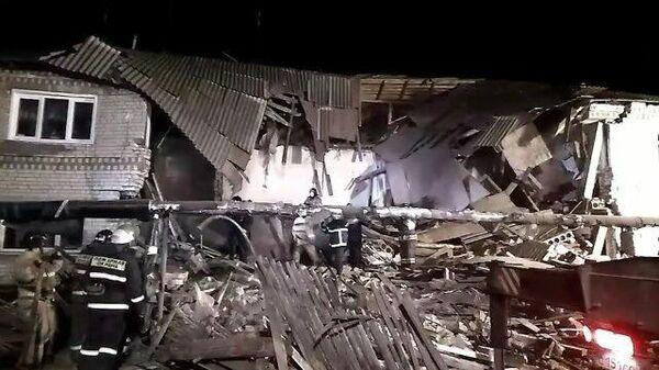 Кадры с места обрушения жилого дома в Нижегородской области