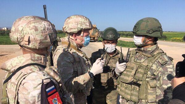 Совместное российско-турецкое патрулирование участка трассы М-4 в провинции Идлиб