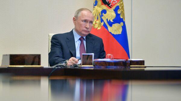 Путин провел телефонный разговор с наследным принцем Саудовской Аравии