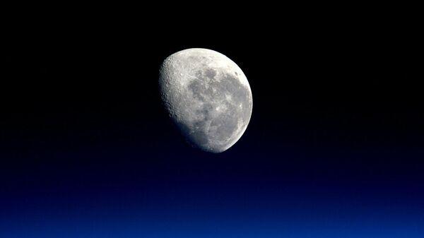 Лунная походка. NASA раскрыло планы по захвату спутника Земли