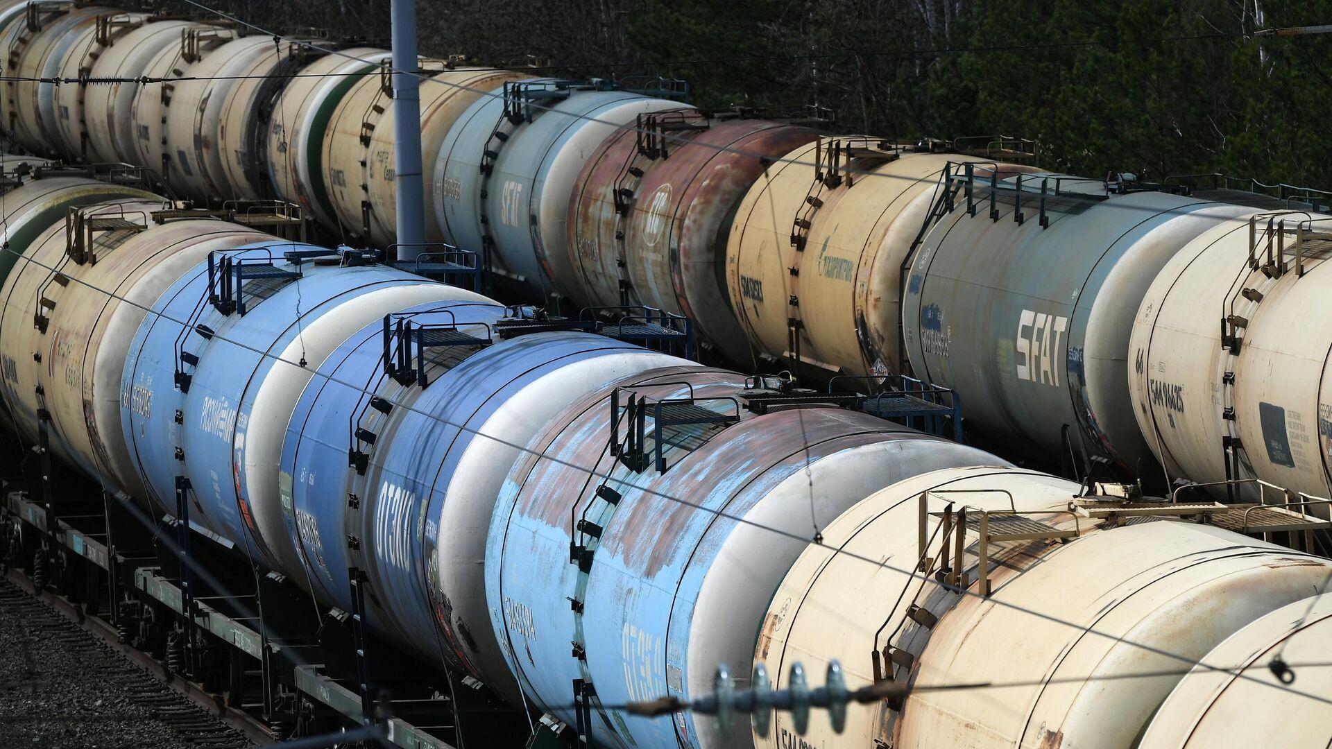 Власти прокомментировали разлив нефти в ЯНАО