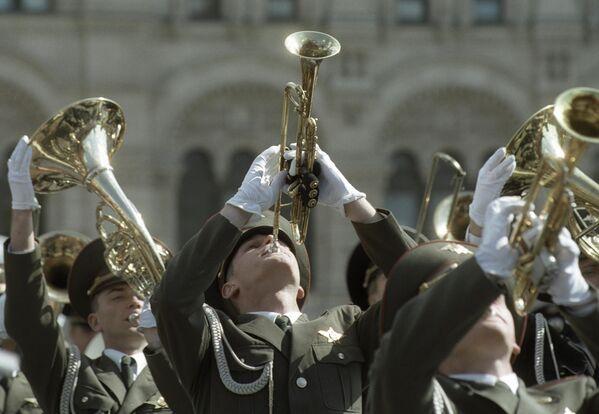 Плац-концерт на Красной площади во время Военного парада, посвященного 58 годовщине Победы в Великой Отечественной Войне 1941-1945 г.г.