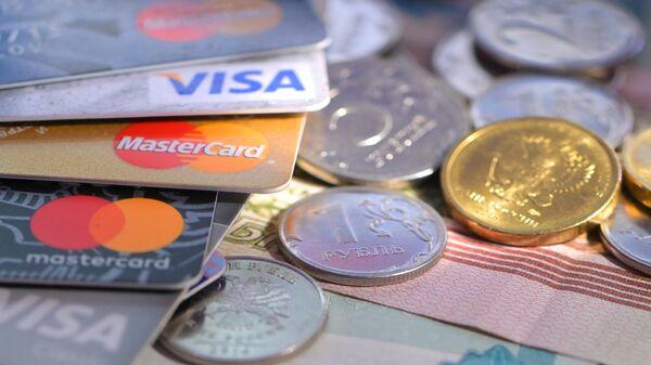 В России в шесть раз выросло число преступлений с помощью банковских карт