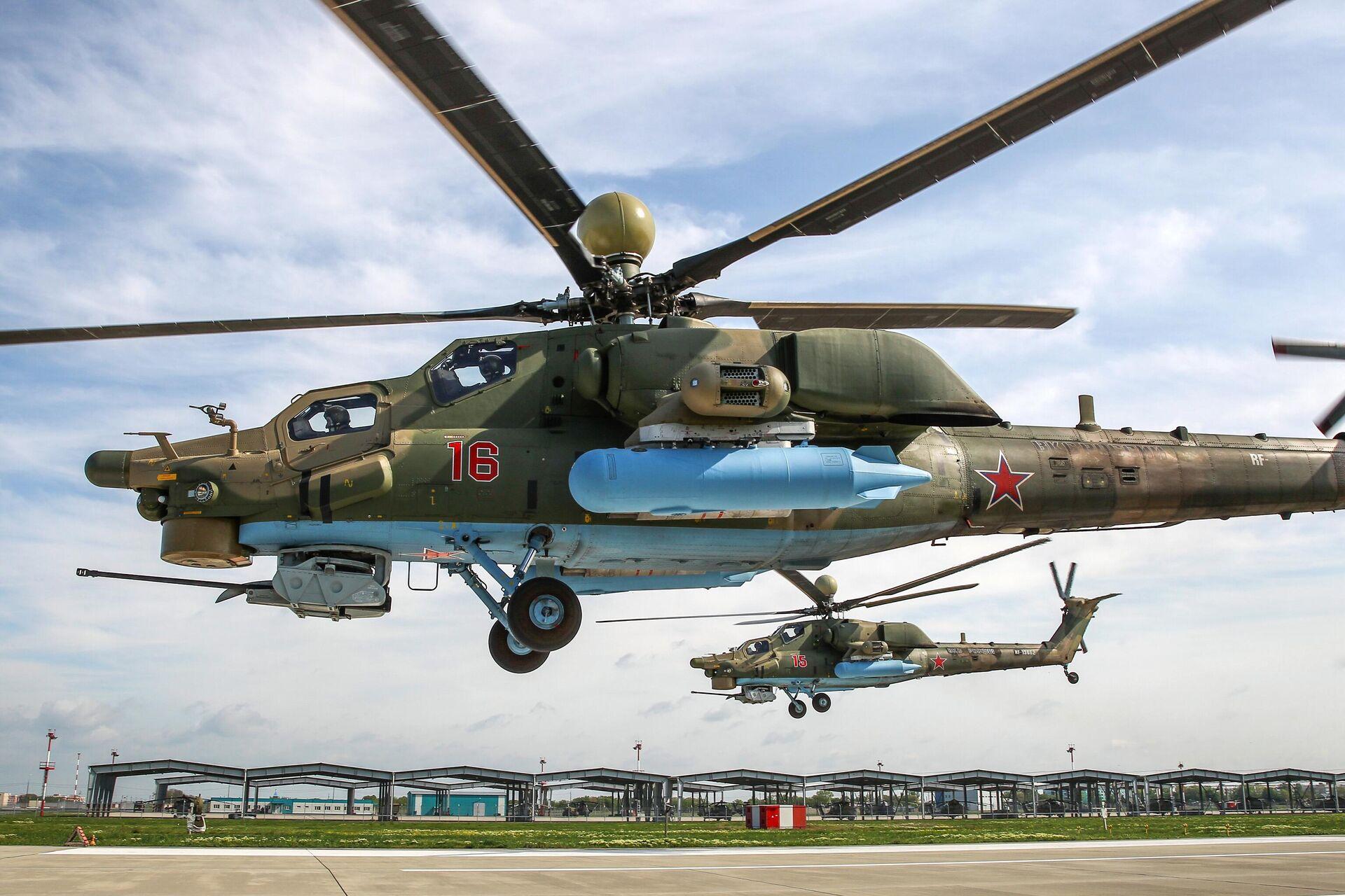 Вертолеты Ми-28УБ на репетиции воздушного парада Победы в Краснодаре - РИА Новости, 1920, 20.01.2021