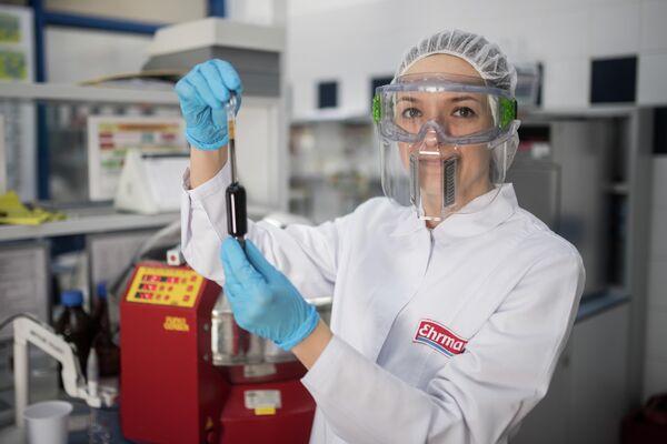 Екатерина Демина - руководитель химического отделения лаборатории компании ЭРМАНН