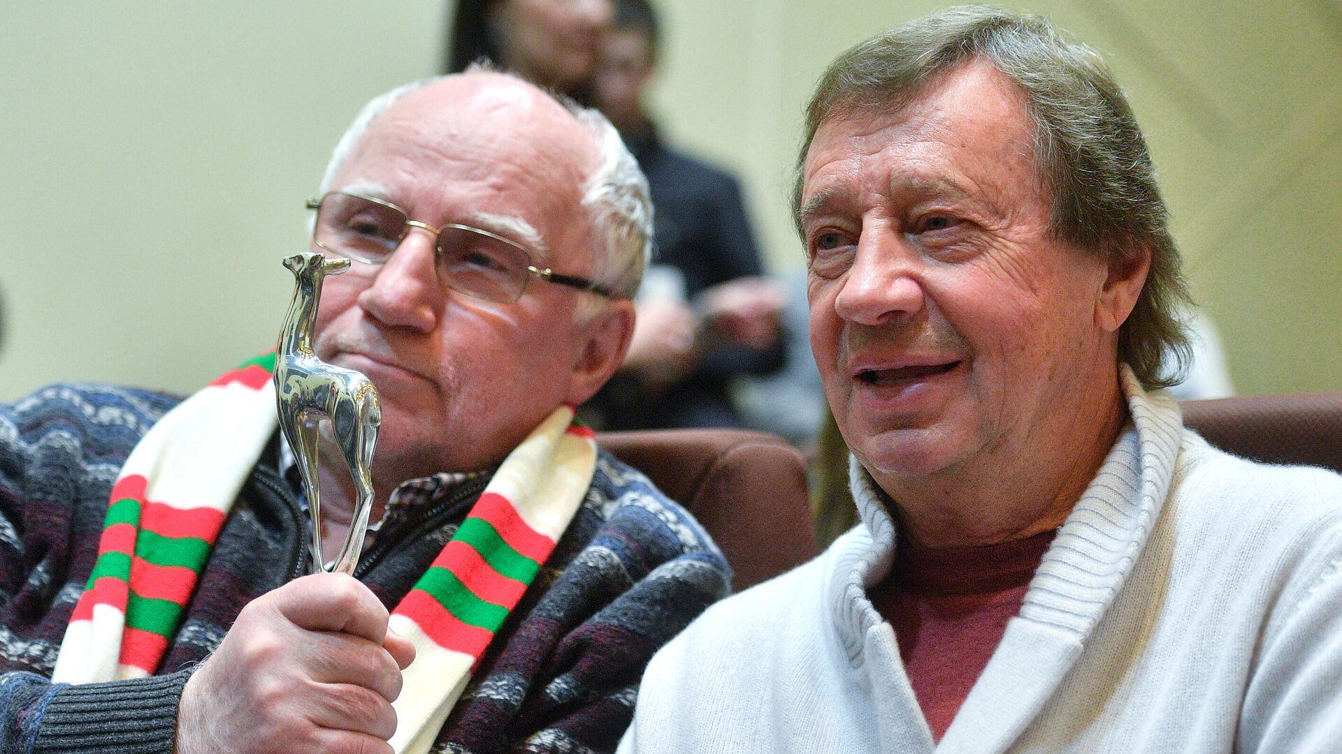 Юрий Семин (справа) и Валерий Баринов - РИА Новости, 1920, 24.12.2020
