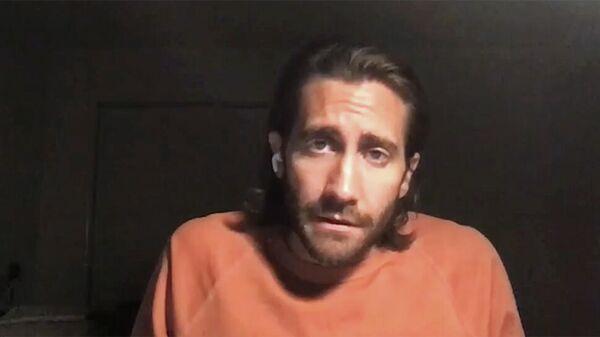 Кадр видео, опубликованного Джейком Джилленхолом