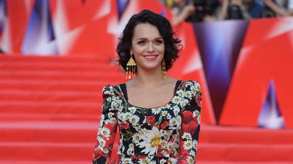 Певица Слава перед началом церемонии закрытия 38-го Московского международного кинофестиваля