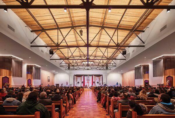 Часовня Святого Иосифа. Иллинойс, США. Wheeler Kearns Architects, номинация Adaptive Re-Use/Re-Purpose